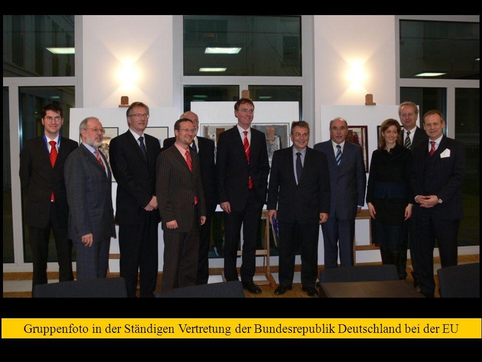 Gruppenfoto in der Ständigen Vertretung der Bundesrepublik Deutschland bei der EU