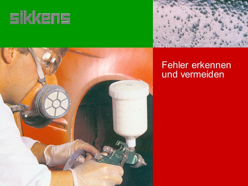 Ursachen Lackierung nicht richtig durchgetrocknet Feuchtigkeit in der Spritzluft Vermeidung Material gemäß Technischen Merkblättern verarbeiten Öl- und Wassreabscheider warten Beseitigung Wasserflecken L a c k i e r f e h l e r