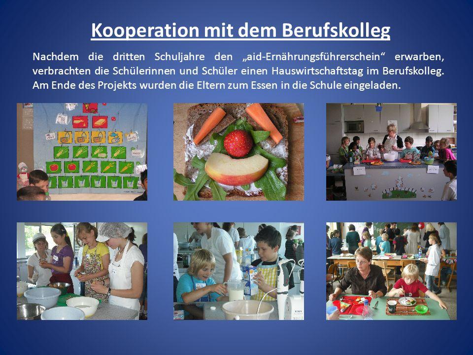 Kooperation mit dem Berufskolleg Nachdem die dritten Schuljahre den aid-Ernährungsführerschein erwarben, verbrachten die Schülerinnen und Schüler eine