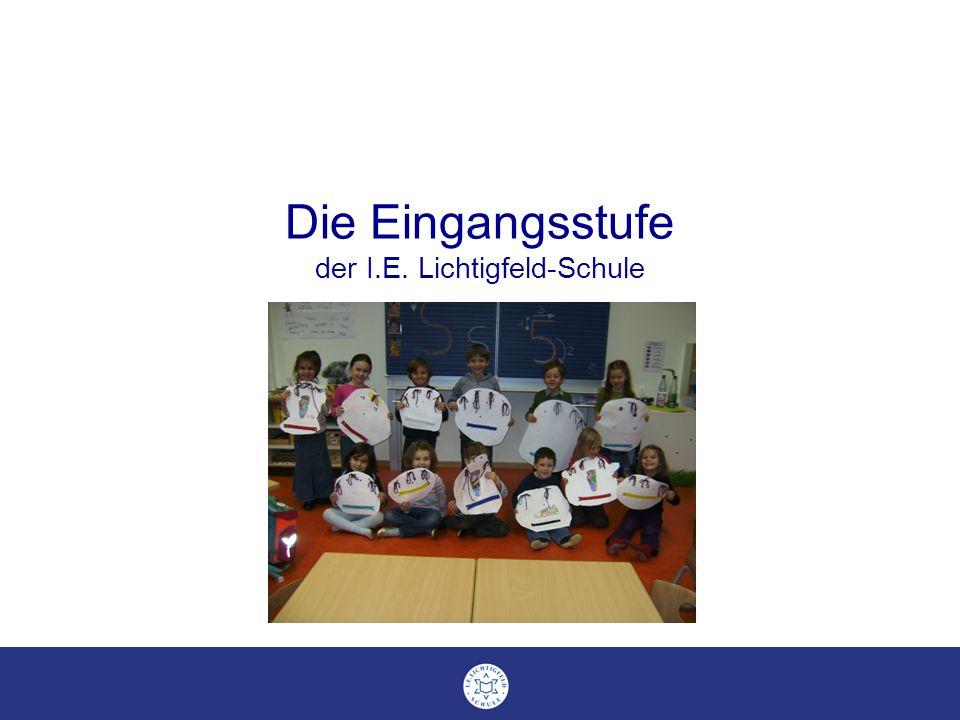 Die Eingangsstufe der I.E. Lichtigfeld-Schule