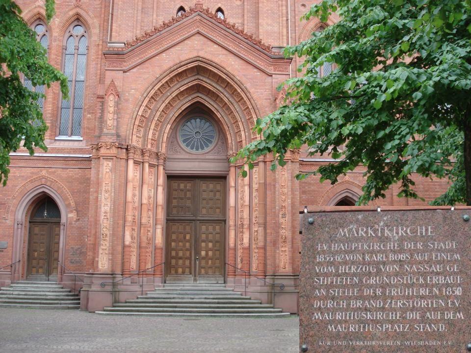 Die neugotische Marktkirche.