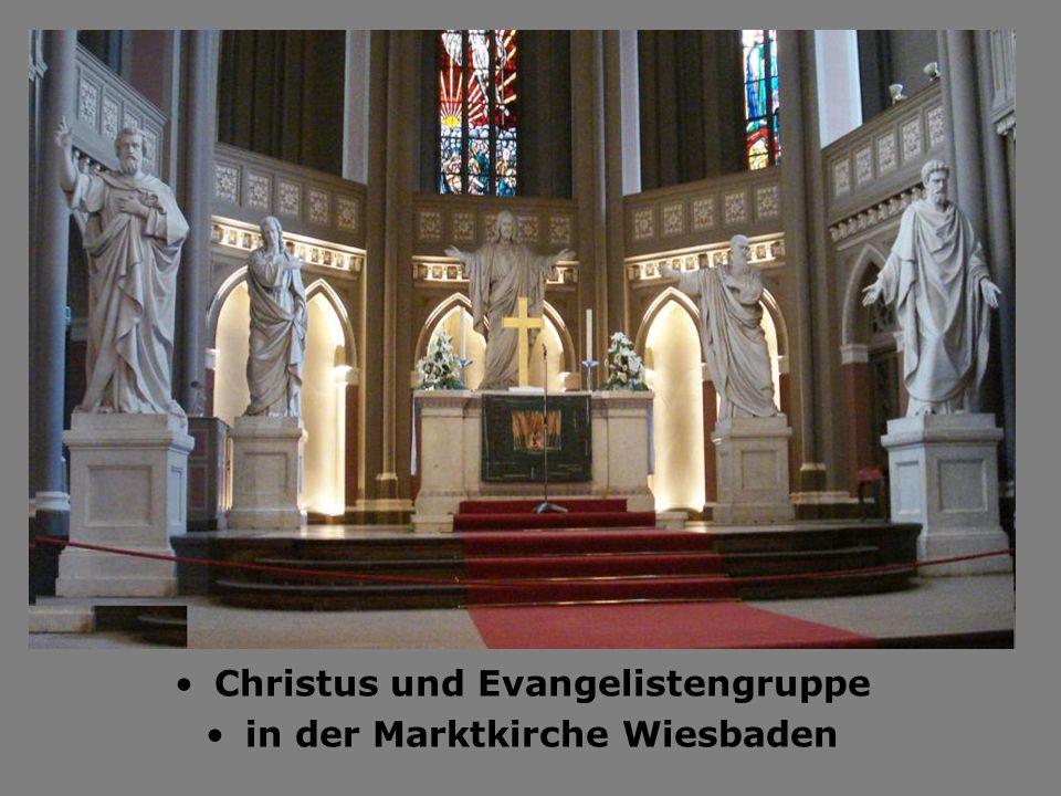 Christus und Evangelistengruppe in der Marktkirche Wiesbaden
