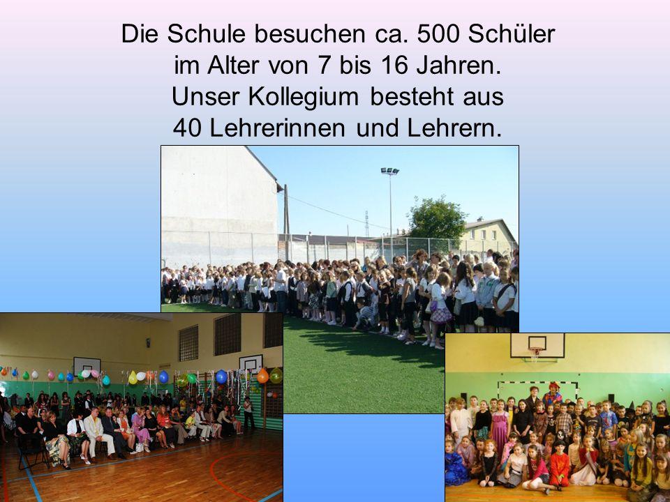 Die Schule besuchen ca. 500 Schüler im Alter von 7 bis 16 Jahren.