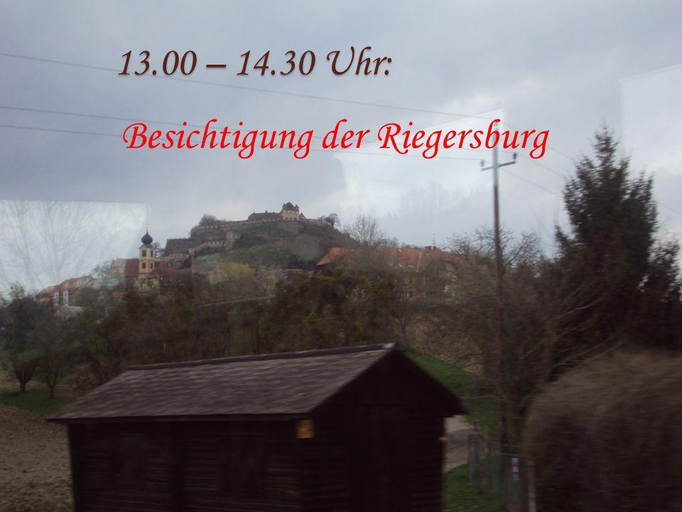 13.00 – 14.30 Uhr: Besichtigung der Riegersburg
