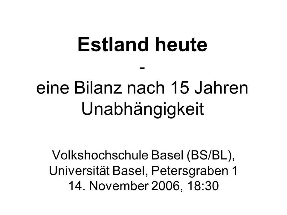 Aussenpolitische Entwicklung 1: Integration in die EU 1992 schien der Beitritt von Rumänien und Bulgarien zur EU wahrscheinlicher als derjenige Estlands 1.1.1995: Freihandelsabkommen mit der EU tritt in Kraft 28.1.1995: Estland stellt einen Beitrittsantrag an die EU Dezember 1995: Estland erhält die Einladung zu Beitrittsverhandlungen 31.3.1998: Beginn der Beitrittsverhandlugnen in Brüssel 17.12.2002: Ende der Beitrittsverhandlungen 14.9.2003: Referendum über den EU-Beitritt: 66 % der Bevölkerung sagt ja.