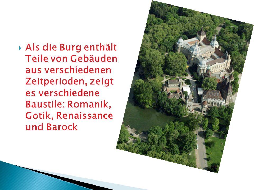 Als die Burg enthält Teile von Gebäuden aus verschiedenen Zeitperioden, zeigt es verschiedene Baustile: Romanik, Gotik, Renaissance und Barock