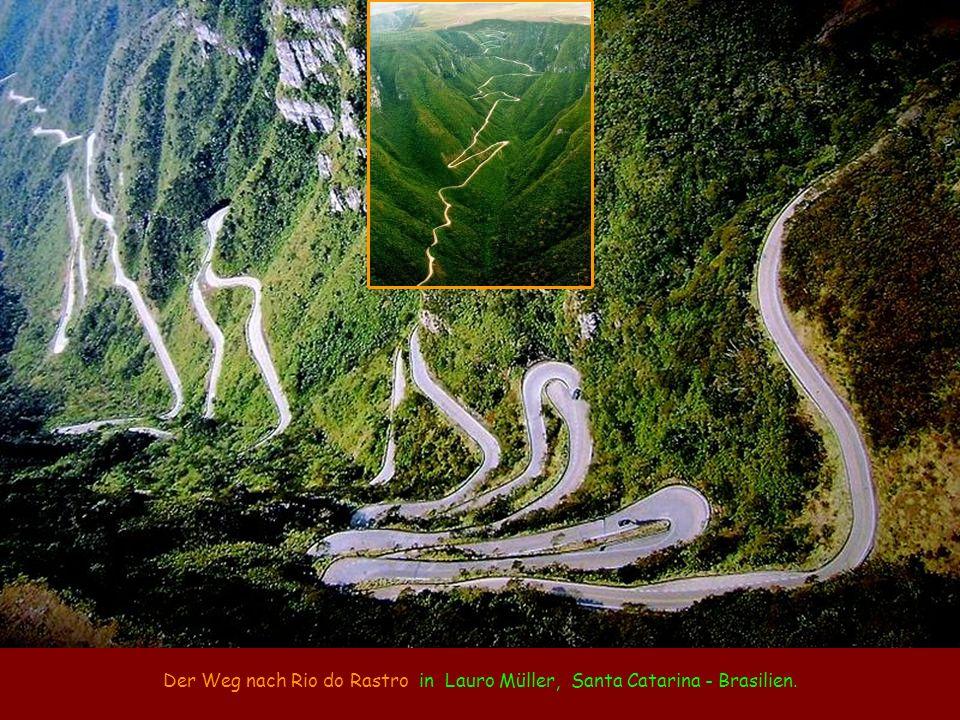 Der Weg nach Rio do Rastro in Lauro Müller, Santa Catarina - Brasilien.