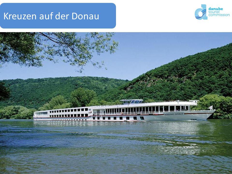15Gerhard Skoff / Danube Tourist Commission Kreuzen auf der Donau