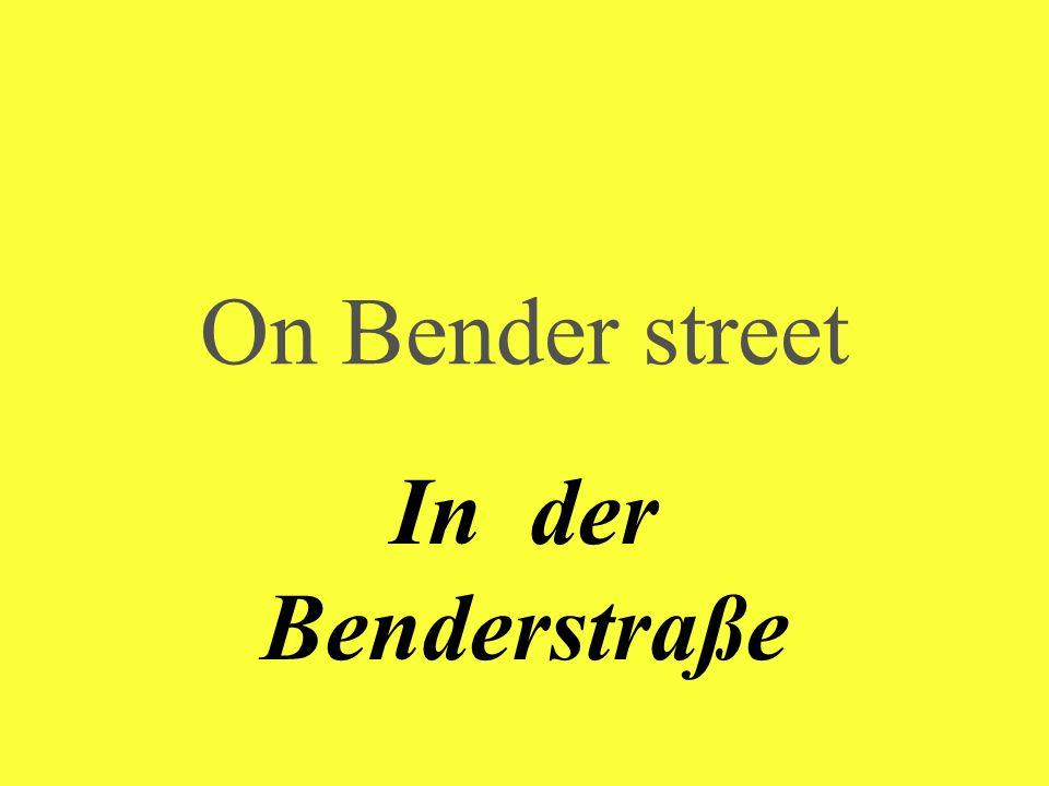 Along the street Die Straße entlang