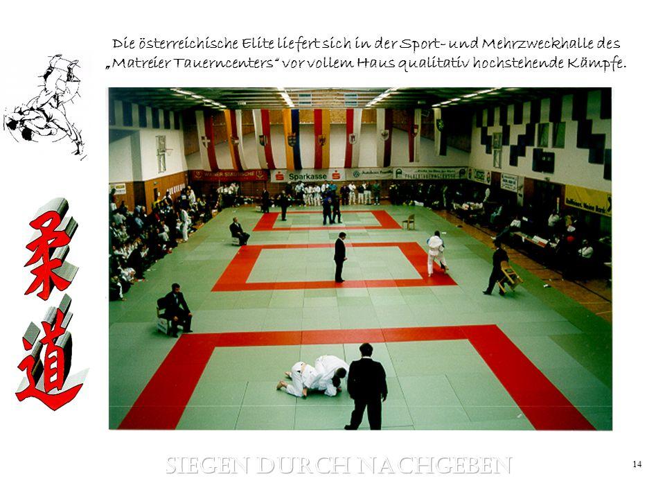 14 Die österreichische Elite liefert sich in der Sport- und Mehrzweckhalle des Matreier Tauerncenters vor vollem Haus qualitativ hochstehende Kämpfe.