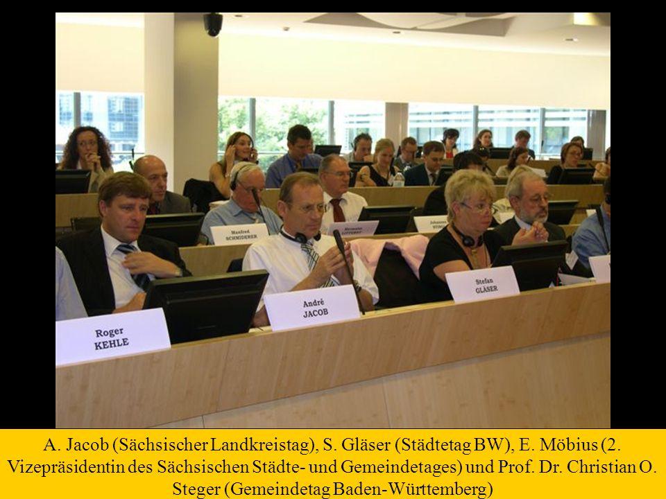 A. Jacob (Sächsischer Landkreistag), S. Gläser (Städtetag BW), E. Möbius (2. Vizepräsidentin des Sächsischen Städte- und Gemeindetages) und Prof. Dr.