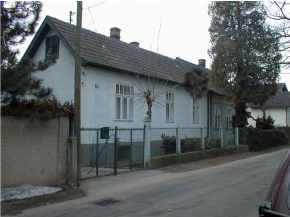 Sie haben folgende Lage festgestellt: Zimmerbrand in A-Dorf, Schillerstraße Nr.