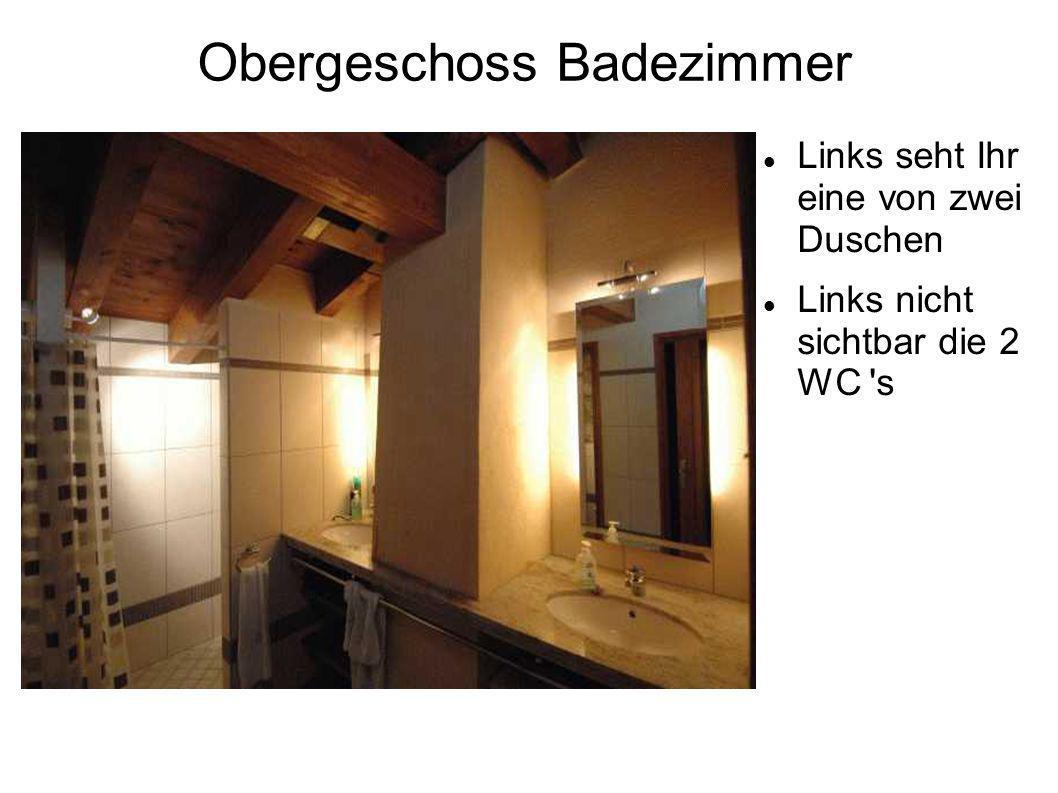 Obergeschoss Badezimmer Links seht Ihr eine von zwei Duschen Links nicht sichtbar die 2 WC s