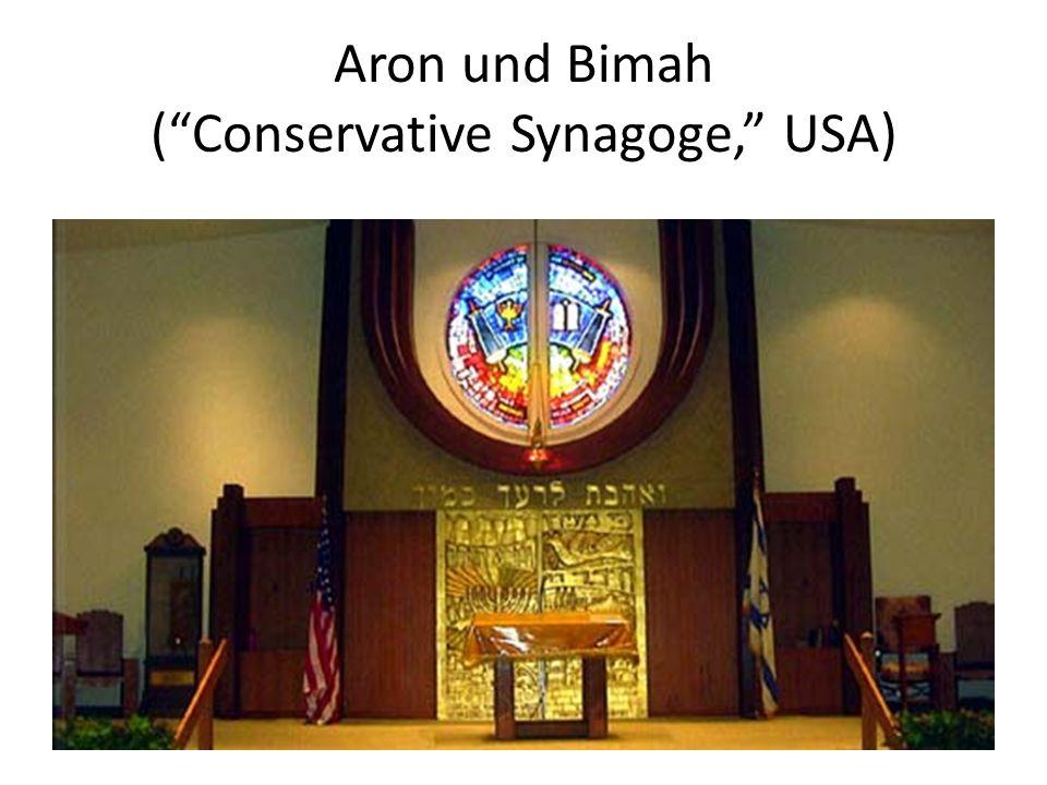 Aron und Bimah (Conservative Synagoge, USA)