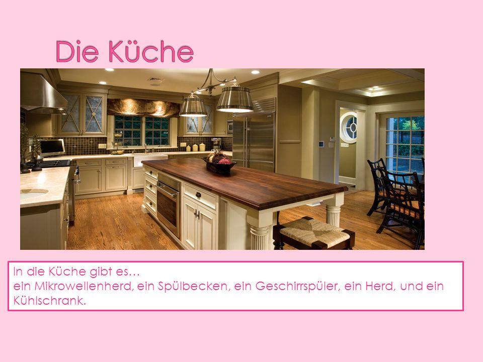 In die Küche gibt es… ein Mikrowellenherd, ein Spülbecken, ein Geschirrspüler, ein Herd, und ein Kühlschrank.