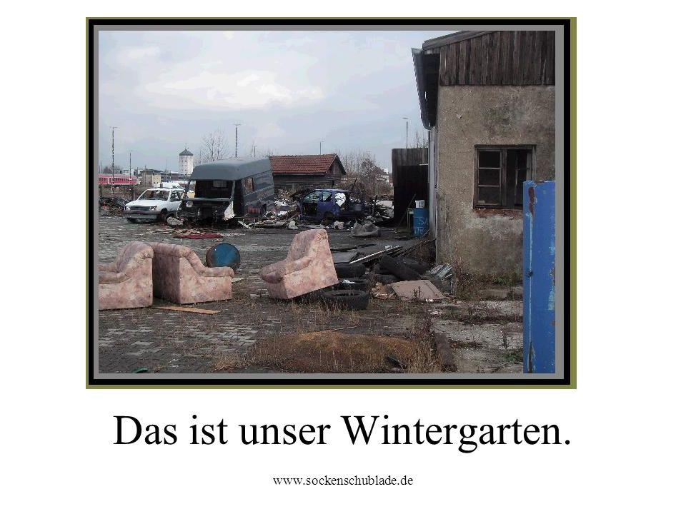 www.sockenschublade.de Eine Garage haben wir auch.