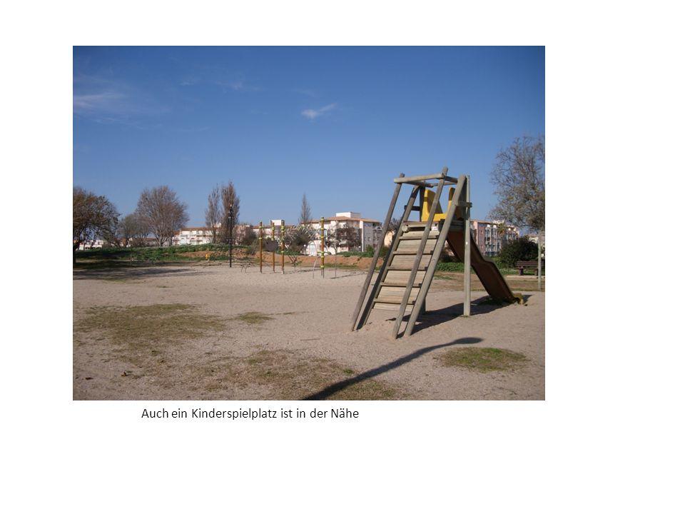 Auch ein Kinderspielplatz ist in der Nähe