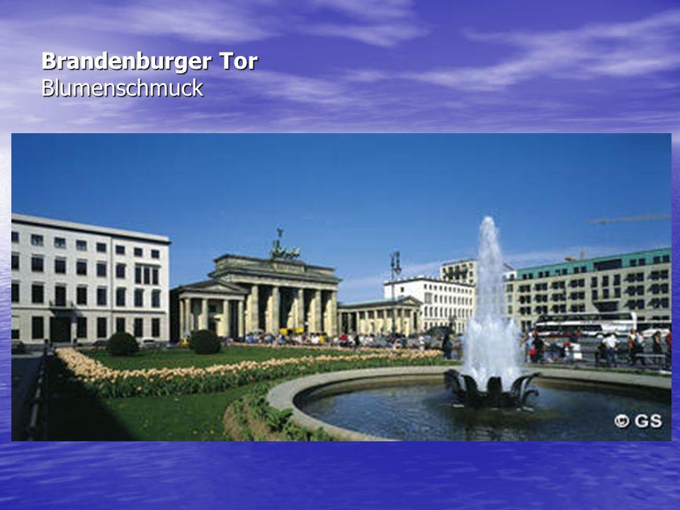 Brandenburger Tor Blumenschmuck