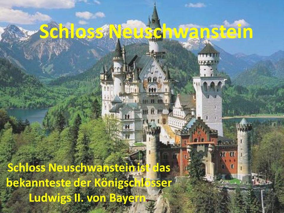 Schloss Neuschwanstein liegt in Bayerische Alpen.Es ist Bayerische und Deutsche Symbol.