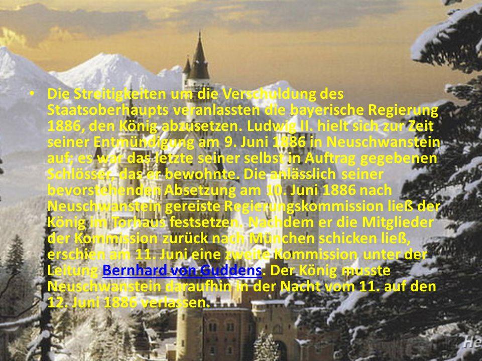 Schloss Neuschwanstein ist mit dem Wort «der Schwan» verbunden. Hier sind viele Schwän.