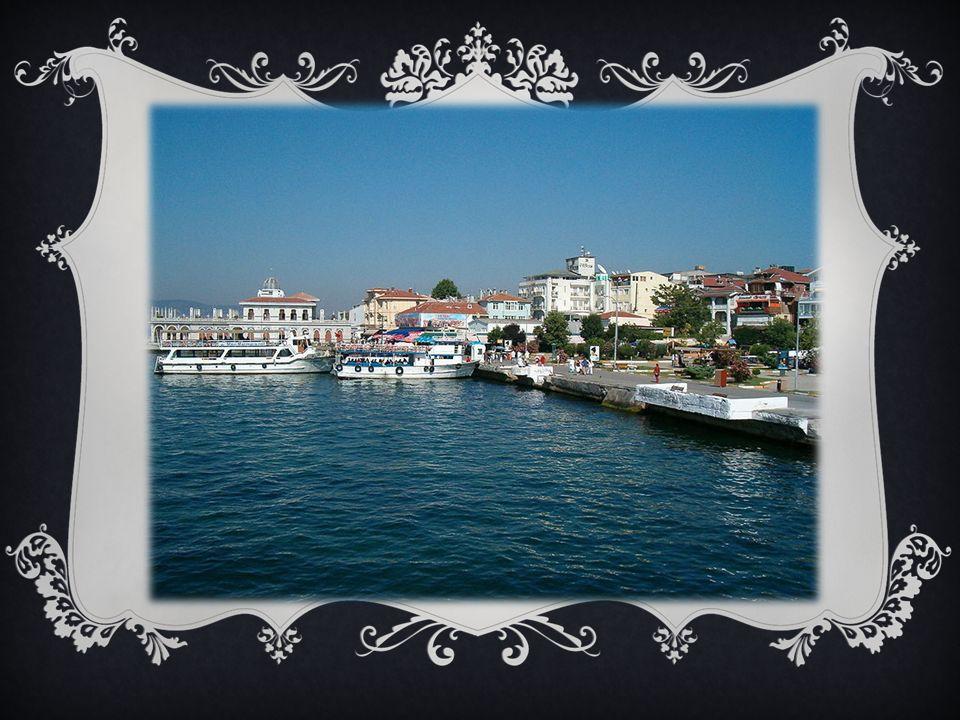POSITION Es gibt zwei Spitzen: Yücetepe und Manastır Sie ist in Marmarameer.