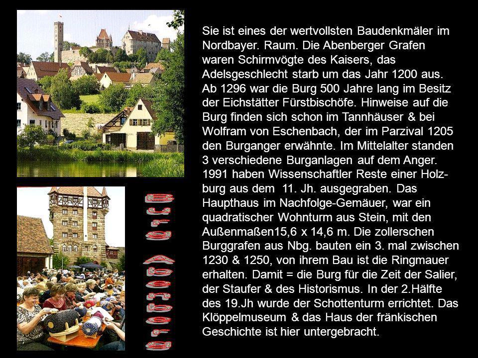 Beginn 13.Jht.Residenz der fränkischen Linie der Hohenzollern.
