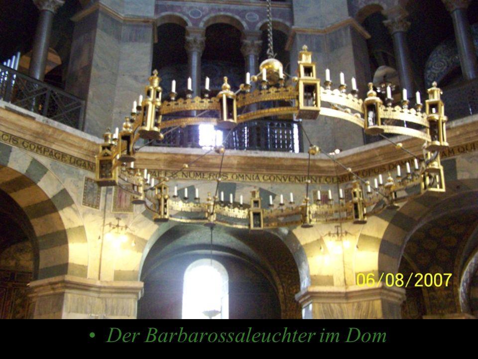 Der Barbarossaleuchter im Dom