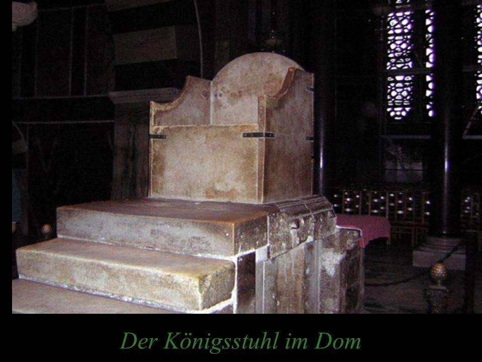 Der Königsstuhl im Dom