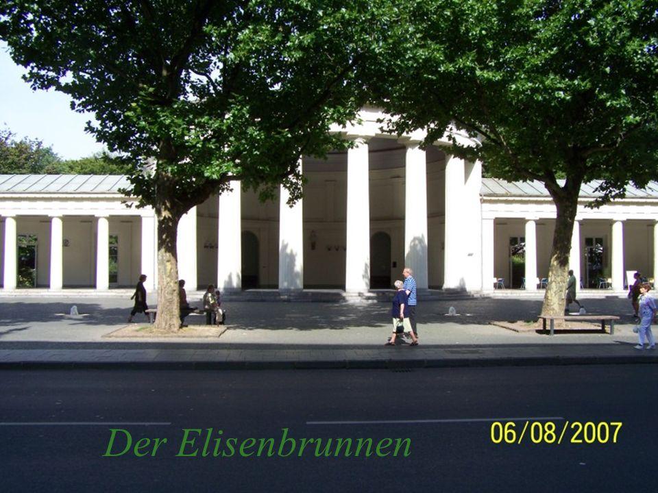 Der Elisenbrunnen in Aachen ist ein klassizistischer Bau des Architekten Karl Friedrich Schinkel.