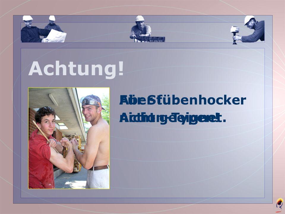 Fachmann zwischen Bauherr und Bauprojekt.Im Baubüro.