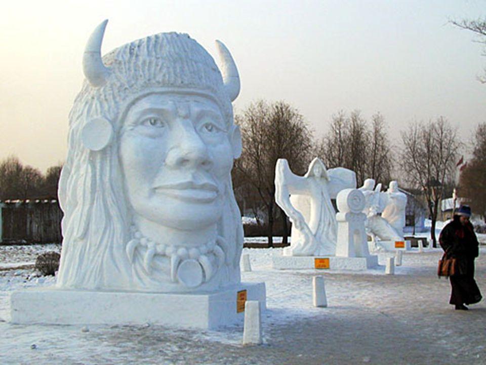 Ich war erstaunt über eine Skulptur von einem Indianischen Ureinwohner Nord- Amerikas und das im Nordosten Chinas. Die Figur wurde durch ein kanadisch