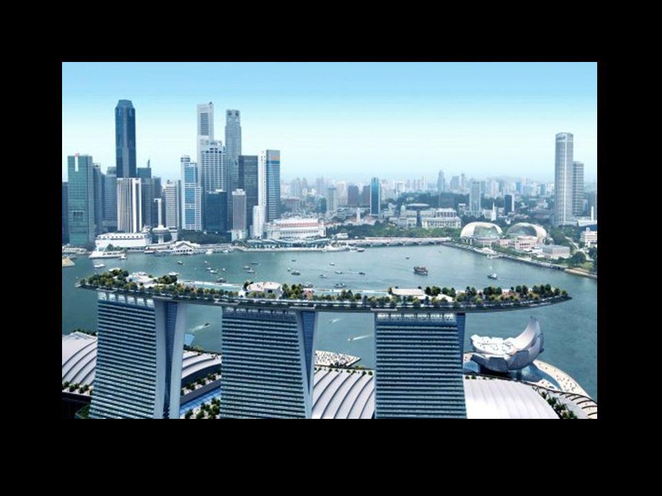 Auf den Hoteltürmen befindet sich eine 340 m lange Plattform, die unter anderem einen Park mit Swimmingpool beinhaltet.
