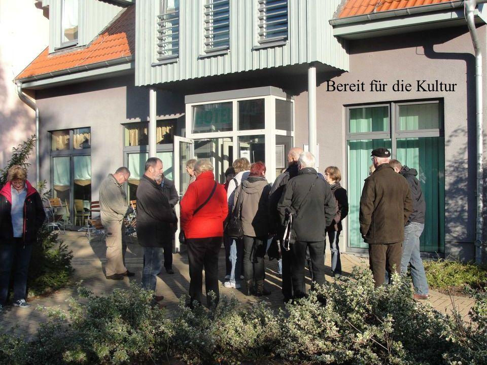 Hochschule Harz, (FH) Verwaltungswissenschaften Davor war es Sitz vom Rat der Stadt, davor Hilfsschule, davor Domgymnasium