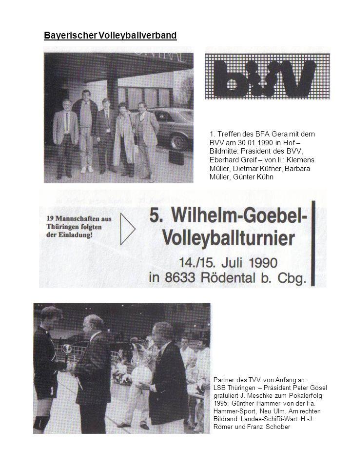 Bayerischer Volleyballverband 1. Treffen des BFA Gera mit dem BVV am 30.01.1990 in Hof – Bildmitte: Präsident des BVV, Eberhard Greif – von li.: Kleme