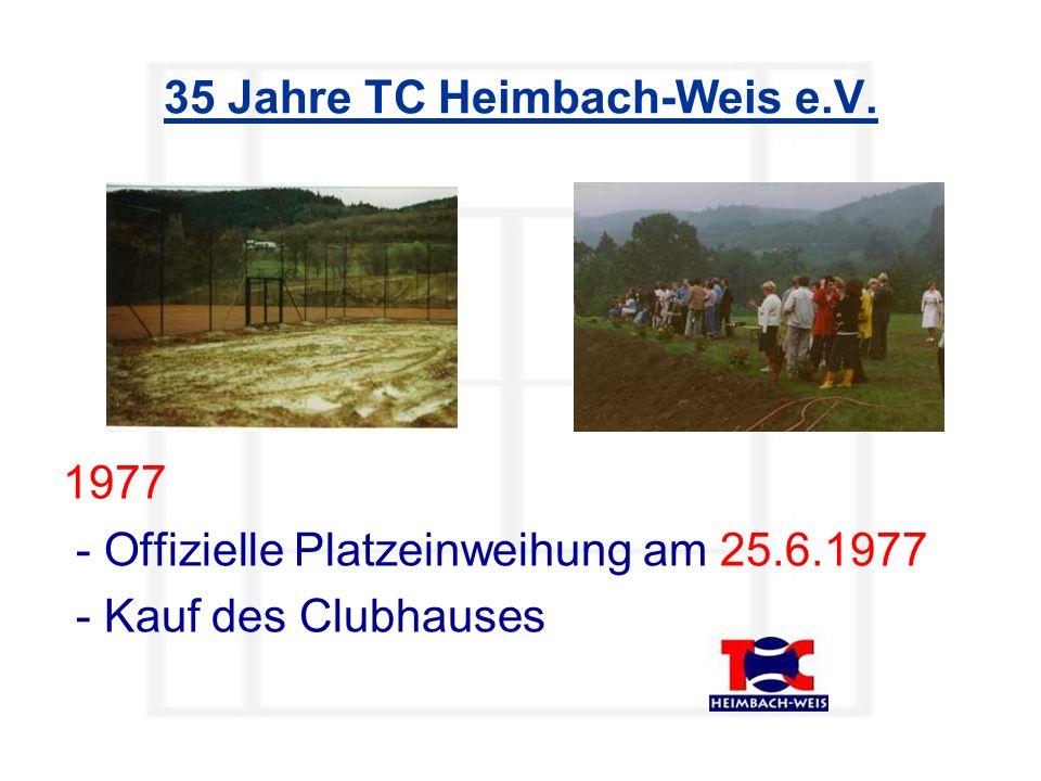 Neben weißen, gelben und auch roten Bällen gab es auch festliche Bälle im TC Heimbach-Weis…
