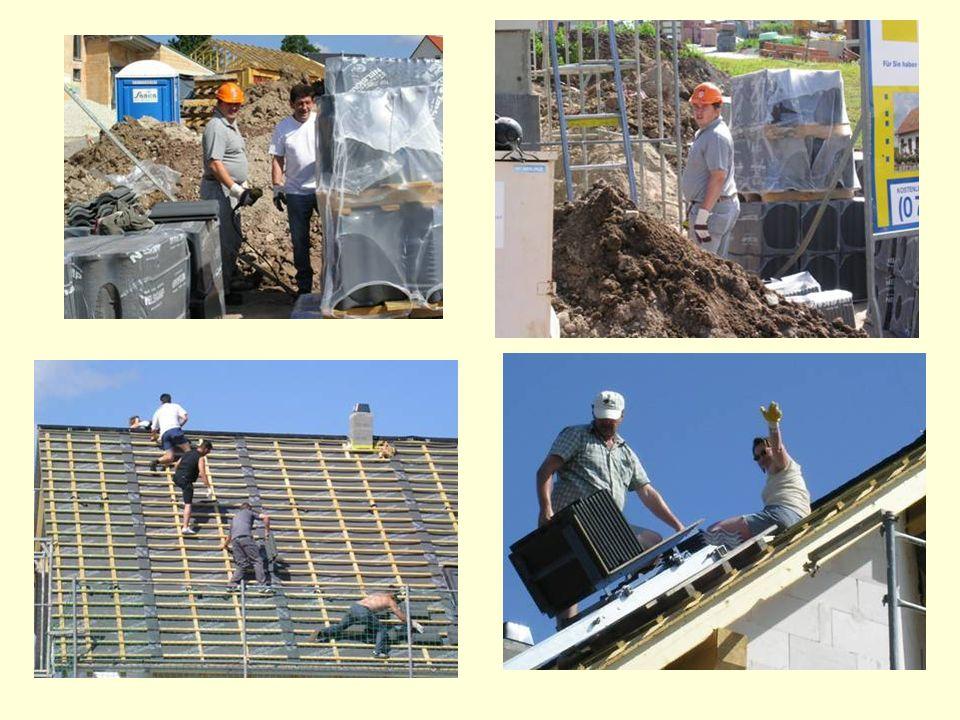 Nachdem das Dach aufgerichtet wurde, haben wir mit dem Dachdecken begonnen