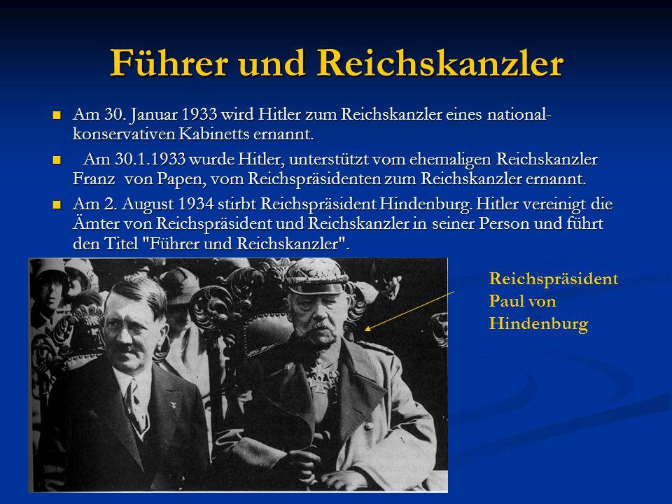 Hitlers Mein Kampf Hitlers Mein Kampf erreichte bis 1939 eine Auflage von 5,5 Millionen; 1943 waren in Deutschland nahezu 10 Millionen Exemplare verbreitet.