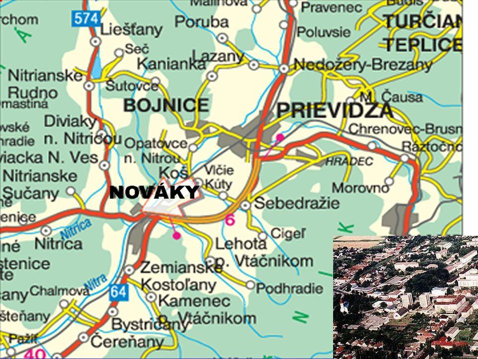 Die Stadt Nováky liegt in der Mitte des Nitrabeckens, zwischen den Bergmassiven Vtatschnik /1 346 m/ und Rokosch /1 010 m/.