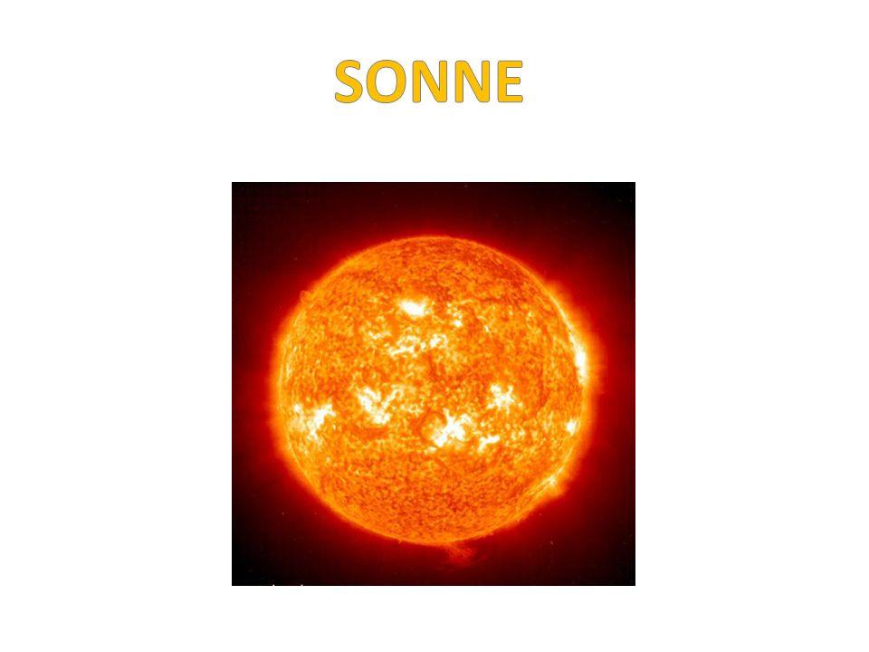 Ich bin die Sonne und die Hellste hier Wasserstoff und Helium ist in mir Ich bin heiß ganz genau 6.000 Grad 4 Milliarden Jahre ich am Buckel hab Ich hab die Kraft und halt Euch fest im Zaum zusammen habn wir Platz im Weltraum Meine Freunde stelln sich vor in ihrer Art seid gespannt – es geht los - MERKUR – lets start.