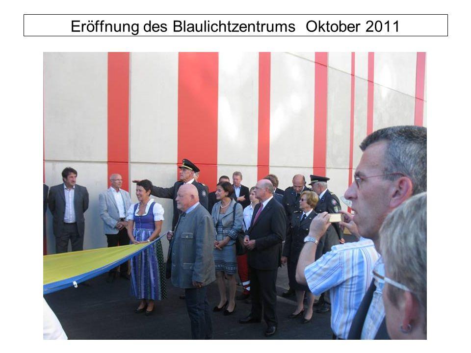 Eröffnung des Blaulichtzentrums Oktober 2011