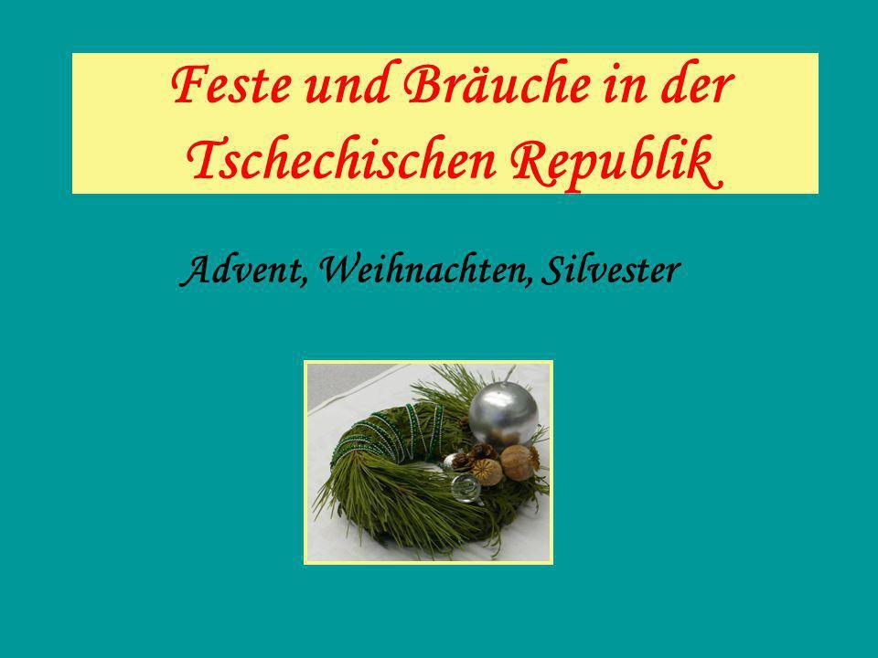 Motive und Gegenstände, die mit den Weihnachten in der Tschechischen Republik zusammenhängen.