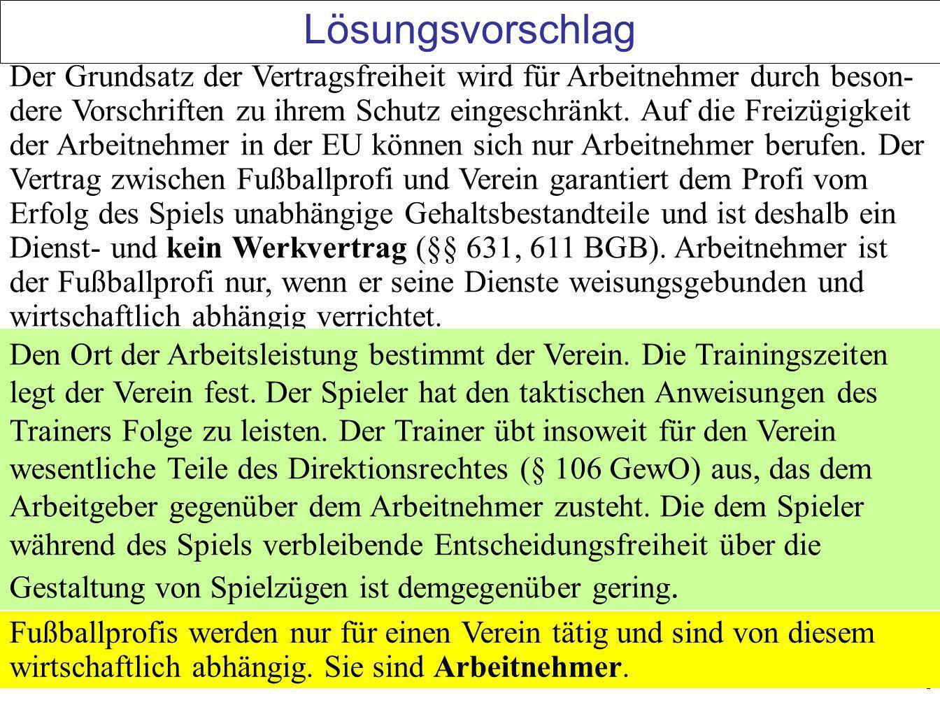 9 Fall: Kranker Fußballspieler Bodo Ballermann (B) spielt als Mittelstürmer beim 1.