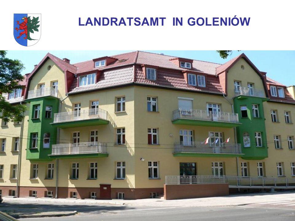 POWIAT GOLENIOWSKI Der Landkreis Goleniów liegt in der westlichen Teil der Woiwodschaft Zachodniopomorskie (Westpommern) Fläche – 1617 km² Zahl der Einwohner – ca.