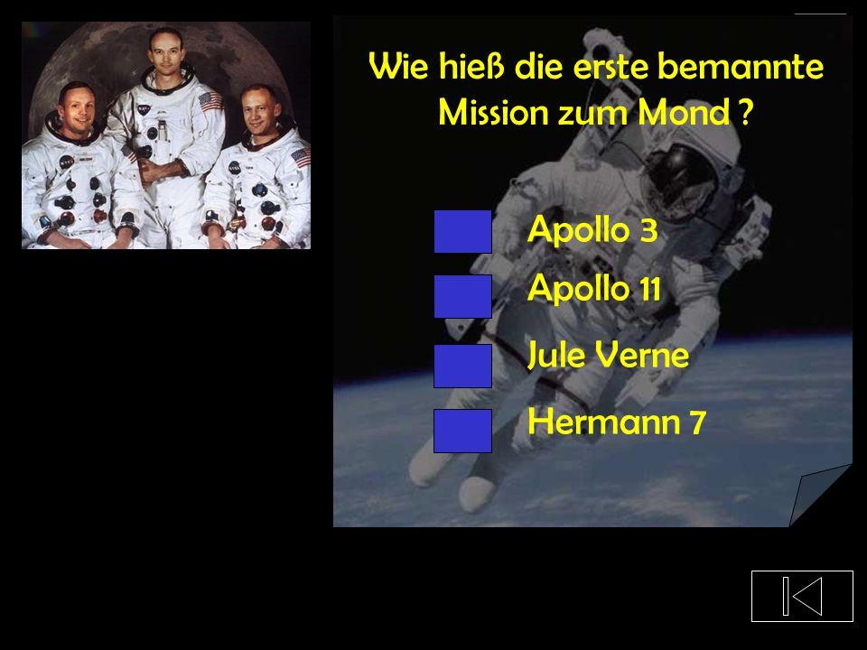 Aus welchem Land kam der erste Mensch, der im Weltraum war ? Deutschland USA Russland China