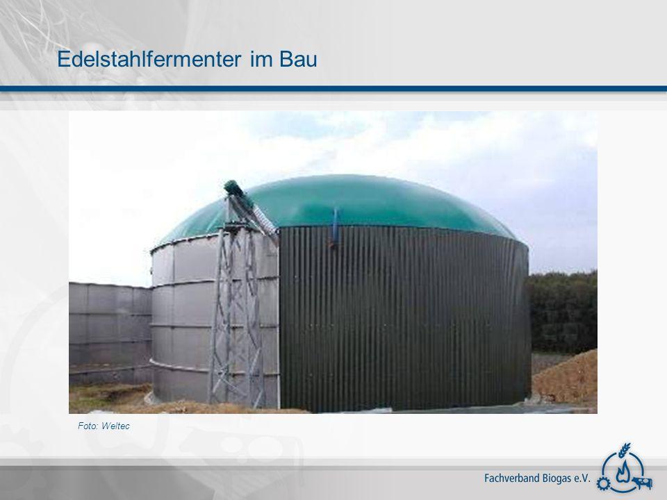 Foto: Weltec Edelstahlfermenter im Bau