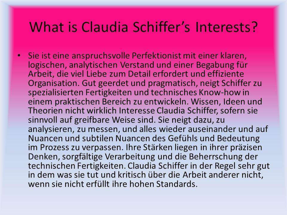Is She Still Alive.Claudia Schiffer ist heute noch lebendig.