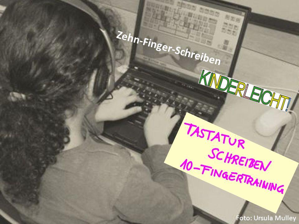 Zehn-Finger-Schreiben Foto: Ursula Mulley