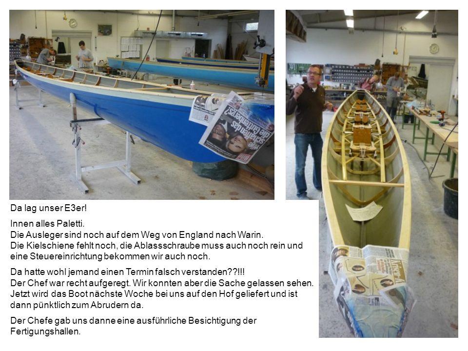Hier liegt die Form in der unser neues Boot hineinlaminiert wurde.