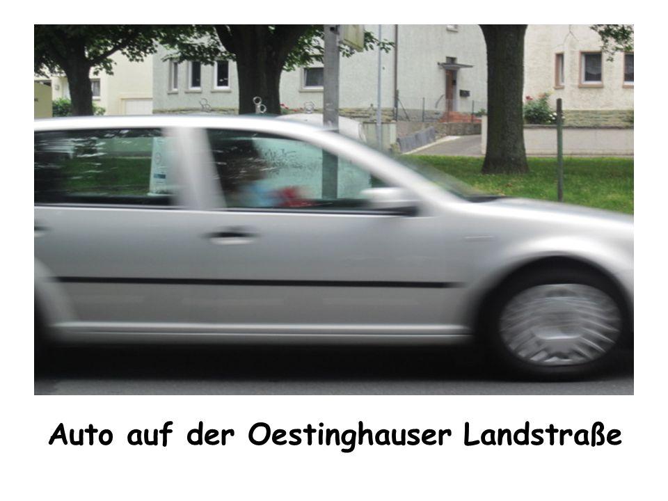 Auto auf der Oestinghauser Landstraße