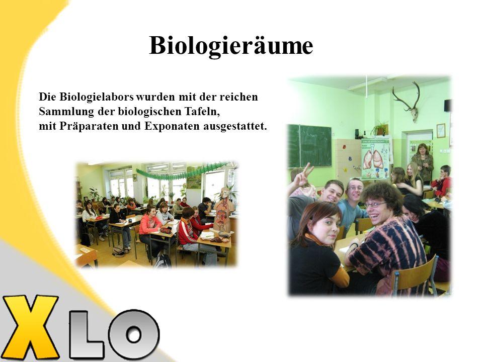 Biologieräume Die Biologielabors wurden mit der reichen Sammlung der biologischen Tafeln, mit Präparaten und Exponaten ausgestattet.